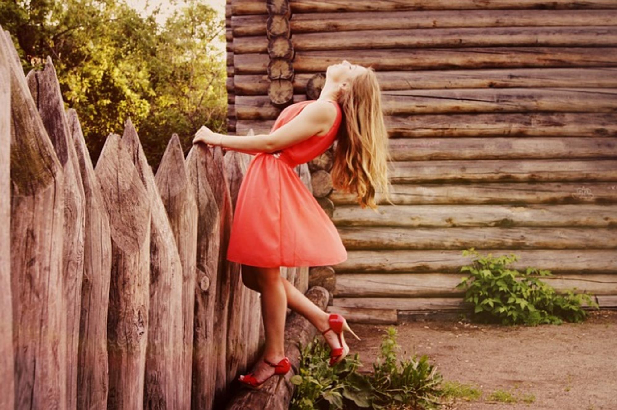 jak dobrać buty do sukienki, Jak dobrać buty do sukienki?